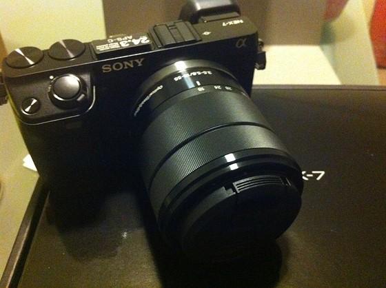 一眼レフ(Single Lens Reflex; SLR)カメラ・メーカーの一覧・リンク集です。デジタル一眼レフ・メーカーとフィルム一眼レフ・メーカーにリンクしています。各一眼レフ・メーカーの一眼レフ製品サイトにもリンクしています。デジタル一眼レフに関する情報.
