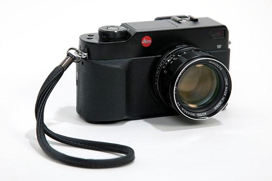 leica digilux 3 black panasonic l1 mod panasonic compact camera rh dpreview com Leica M-E Typ 220 Leica IIIc