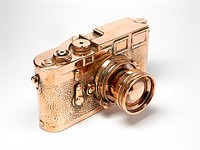 These copper-plated Leica cameras manage to make even broken rangefinders expensive