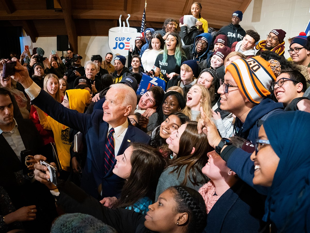 """Interview: Joe Biden's official photographer Adam Schultz – """"Every day I get to do this is a special day"""""""