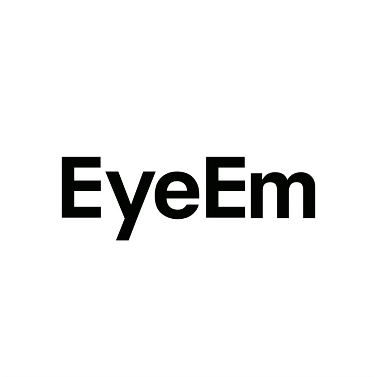 EyeEm, Fotolog and other photo sites affected by security