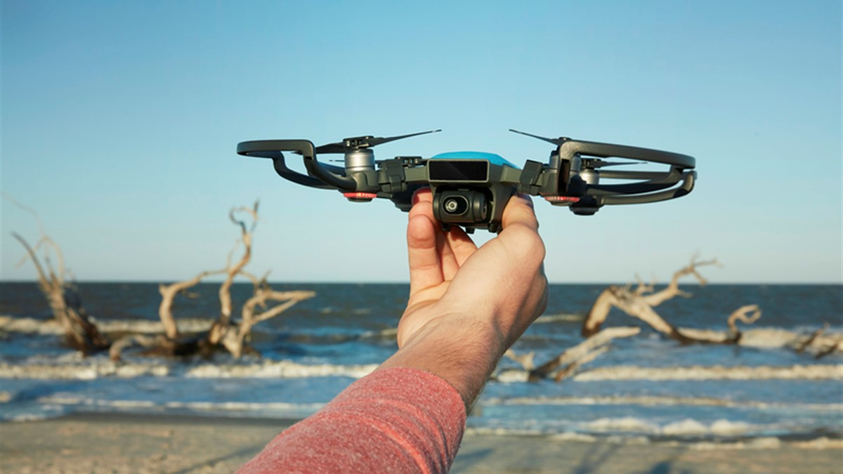 The Dji Spark Is A 500 Hd Mini Drone Digital Photography Review Combo Sky Blue