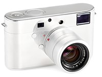 Prototype Leica designed by Jony Ive, Marc Newson expected to fetch over $250K at auction