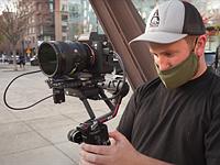 观看Via电影拍摄与DJI RS 2框架在波特兰,俄勒冈州