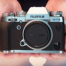 Fujifilm X-T2 Graphite Silver Edition goes up for sale online