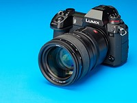 Firmware update for Panasonic S1/S1R improves image stabilization and AF performance