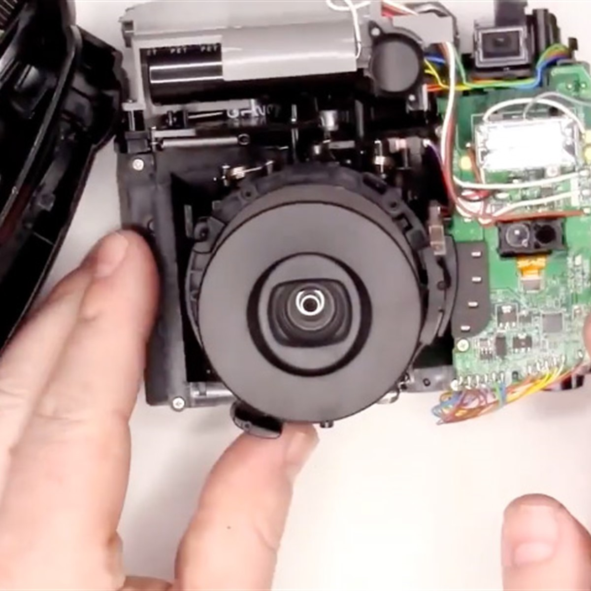 Fujifilm Instax Mini 8 Teardown Reveals What Makes The Camera Tick Flash Circuit Further Disposable Schematic Digital Photography Review
