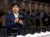 Sony executive predicts Nikon and Canon will go full-frame mirrorless within a year