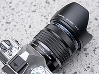 Hands-on with Olympus' tiny 12-45mm F4 Pro lens
