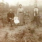Newly shared 1900s photo shows early example of a 'selfie'