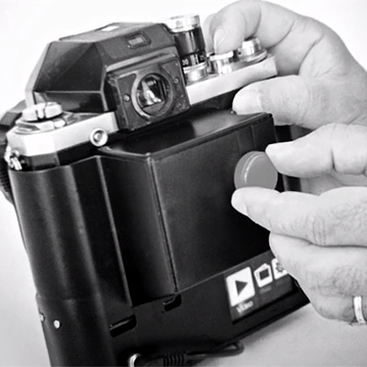 Here\'s why your beloved film SLR is never going digital: Digital ...
