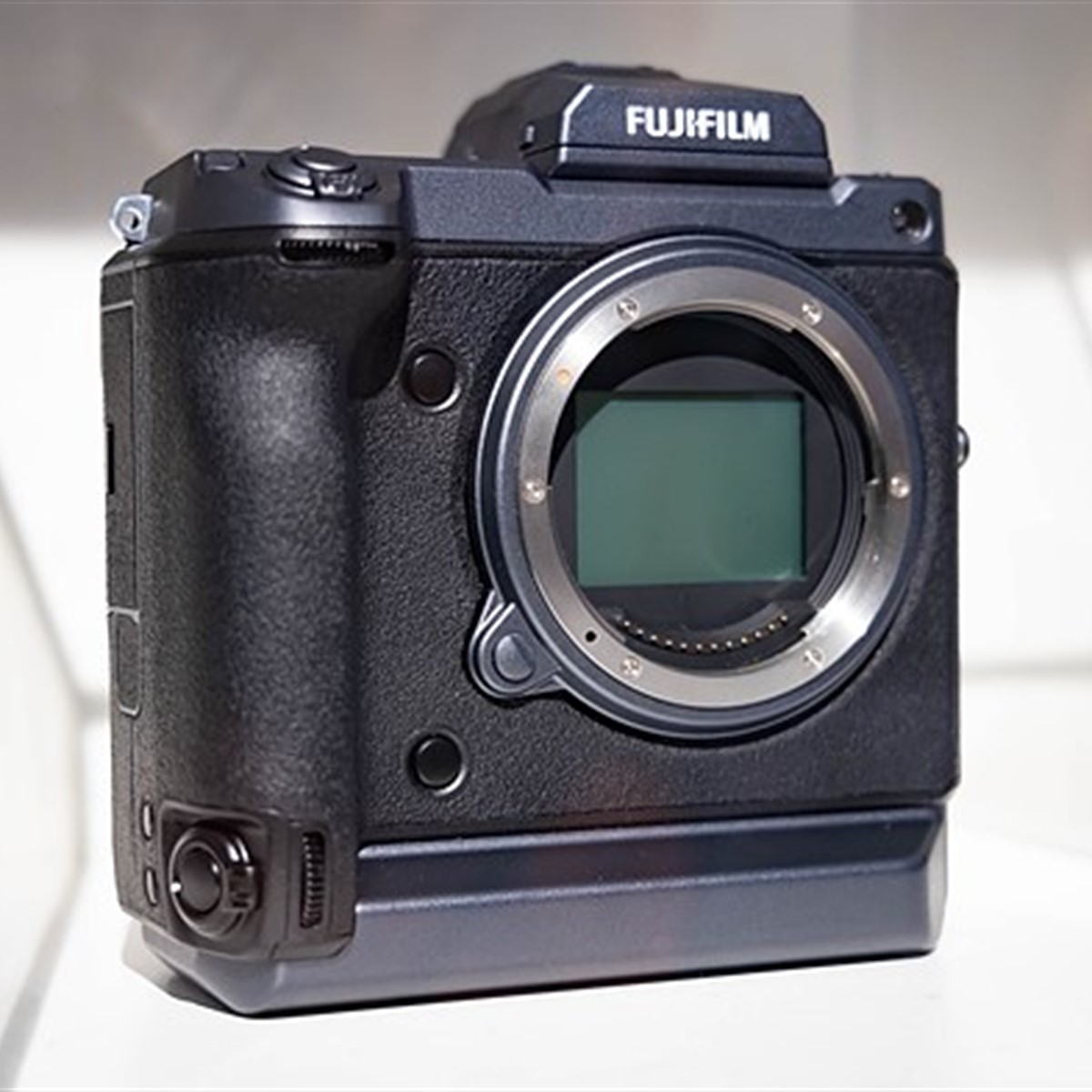 New Sony sensor specs resemble chips found inside Fujifilm X-T3