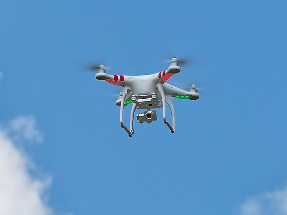 MIT previews autonomous tracking drone 1