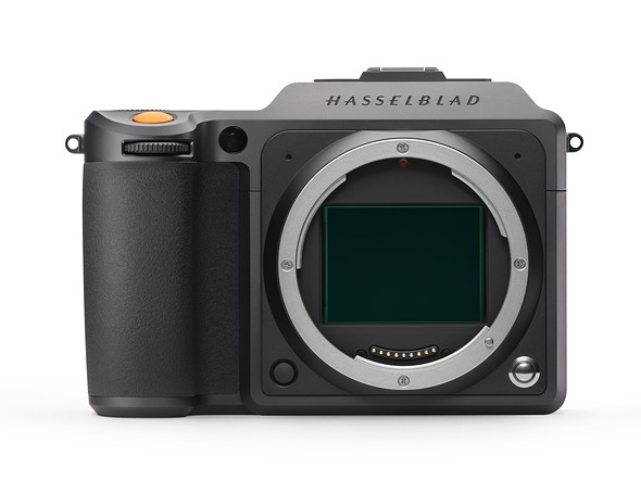 Hasselblad updates firmware for X1D II 50C and 907X Special Edition, announces two new accessories