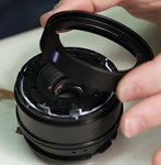 Roger Cicala gets inTouit with a new Zeiss lens