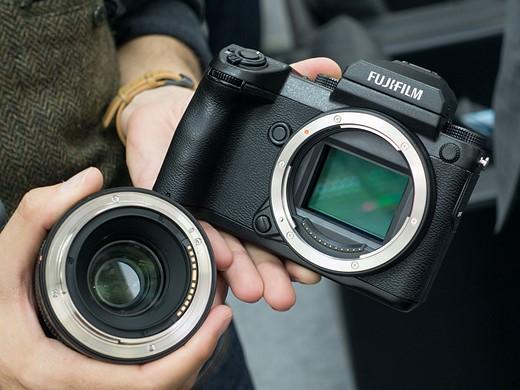 Photokina 2016: Hands-on with Fujifilm GFX 50S 9