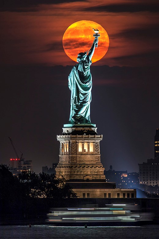 Shooting the moon: behind the shot with Peter Alessandria 1
