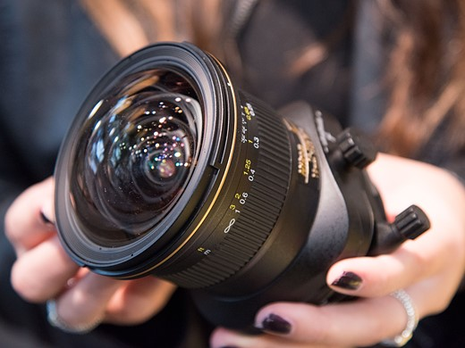 Hands-on with Nikon AF-S Nikkor 70-200mm F2.8E and PC Nikkor 19mm 9