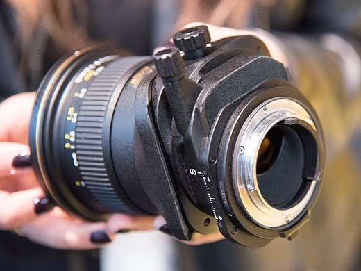 Hands-on with Nikon AF-S Nikkor 70-200mm F2.8E and PC Nikkor 19mm 11