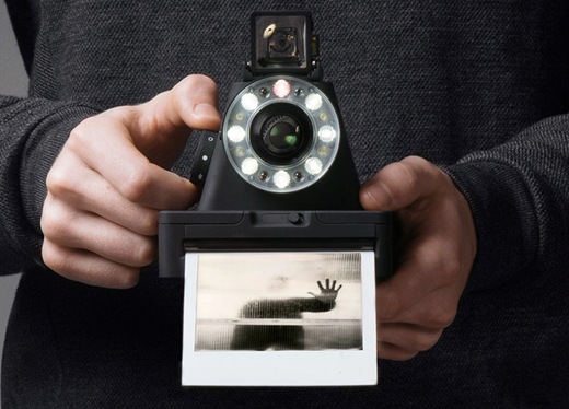 Impossible Project unveils I-1 instant camera for 600-type film ...