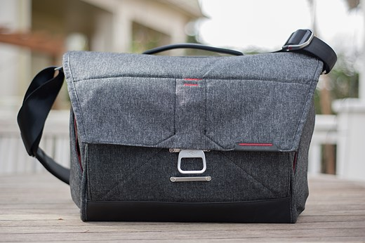 For everyman and everywoman: Peak Design Everyday Messenger bag ...