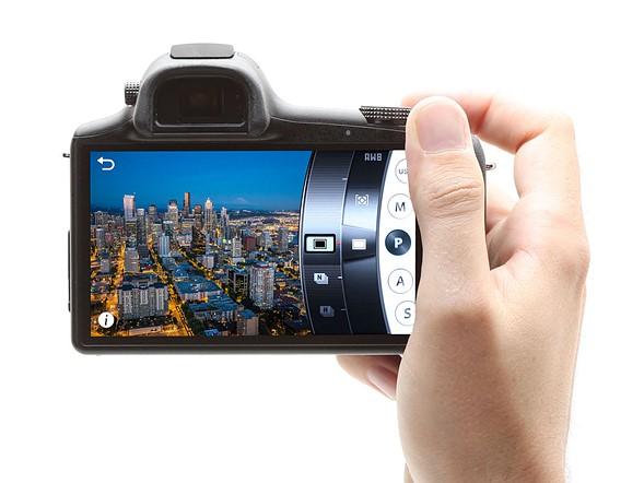 2013: Samsung Galaxy NX