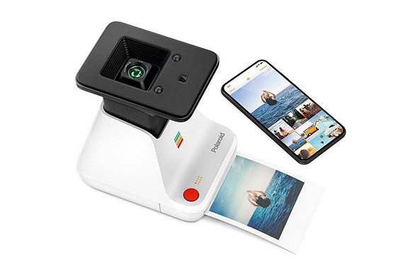 The Polaroid Lab turns your digital smartphone photos into analog instant prints