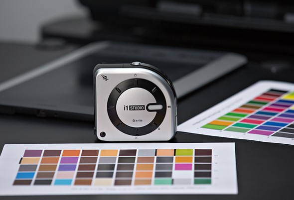 X-Rite unveils i1Studio: An all-in-one spectrophotometer that can