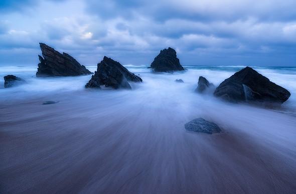 Behind the shot: Praia da Adraga at blue hour 1