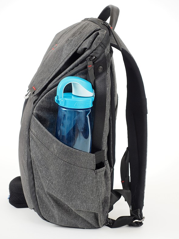 e24614af6faac The external side pockets are really useful for both water bottles and  things like tripods. However