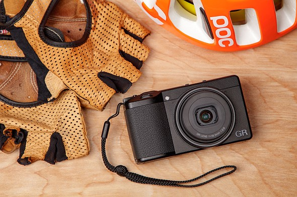 "Ricoh GR III shooting experience: ""Shut up and take my money"""
