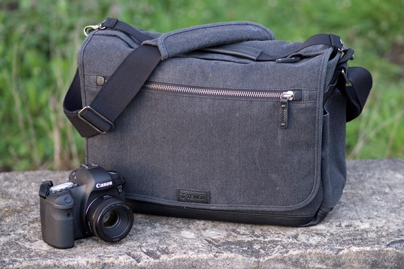 e924c303e18c Accessory Review  Tenba Cooper Messenger bag  Digital Photography Review