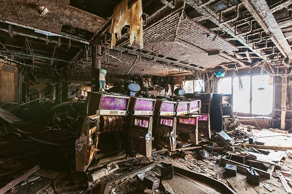 Haunting photos from inside the wrecked cruise ship Costa Concordia 10