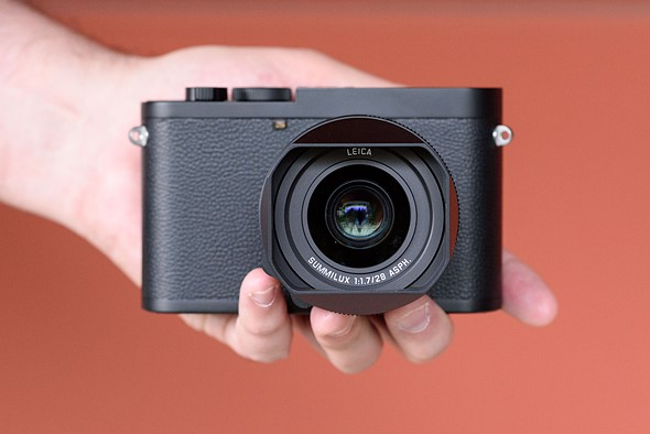 Hands-on with the Leica Q2 Monochrom