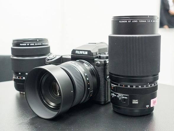Photokina 2016: Hands-on with Fujifilm GFX 50S