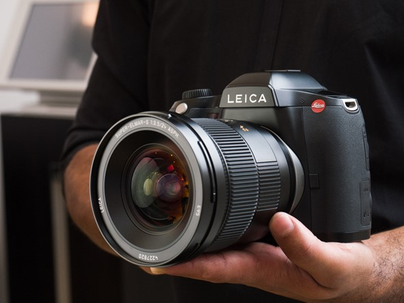 Leica claims fastest in the world for its new CMOS S (Type 007)
