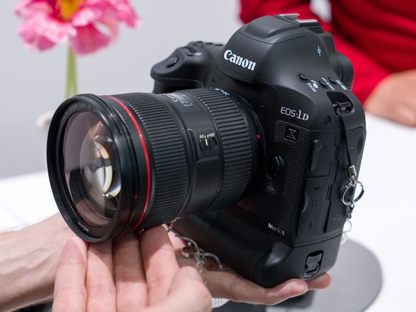 CP+ 2016: Canon shows off new DSLRs and G7 X Mark II