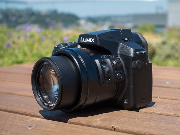 Week in Review: Panasonic debuts FZ300