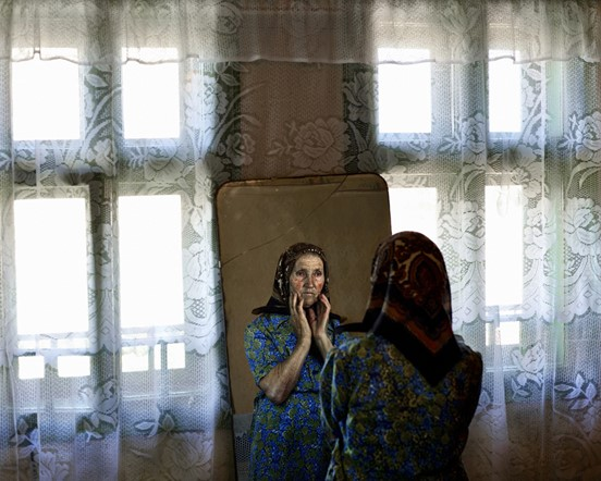 Tamas Dezso offers glimpse into post-Communist Romania