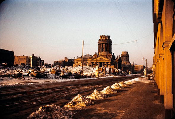 Cold War camera: 1950s Berlin in color