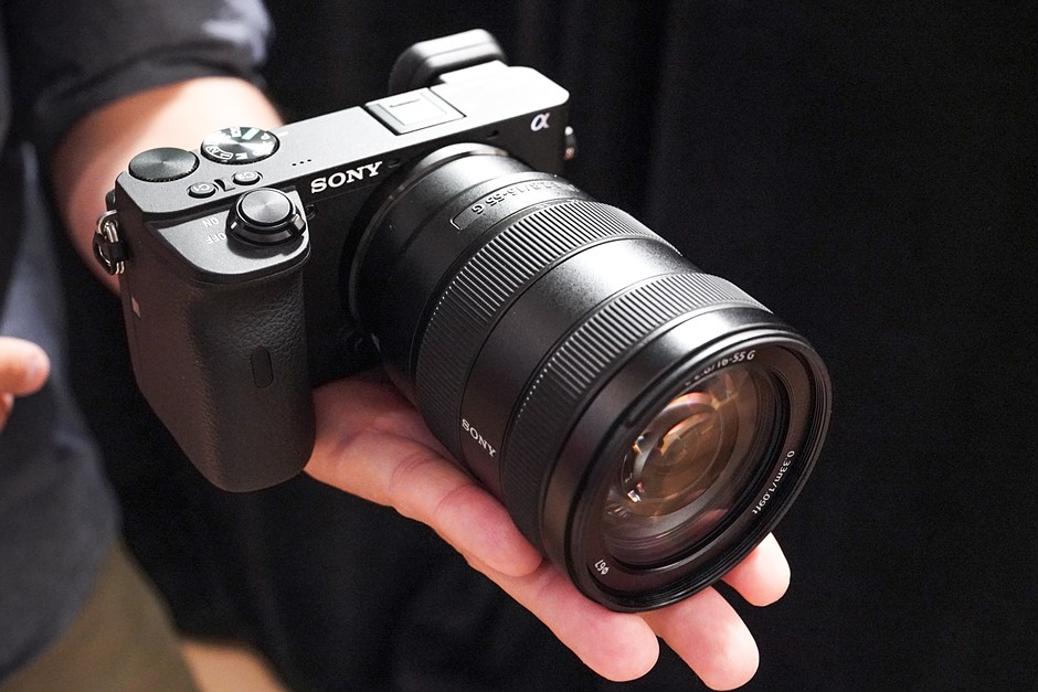 Hands-on with the Sony E 16-55mm F2 8 and 70-350mm F4 5-6 3