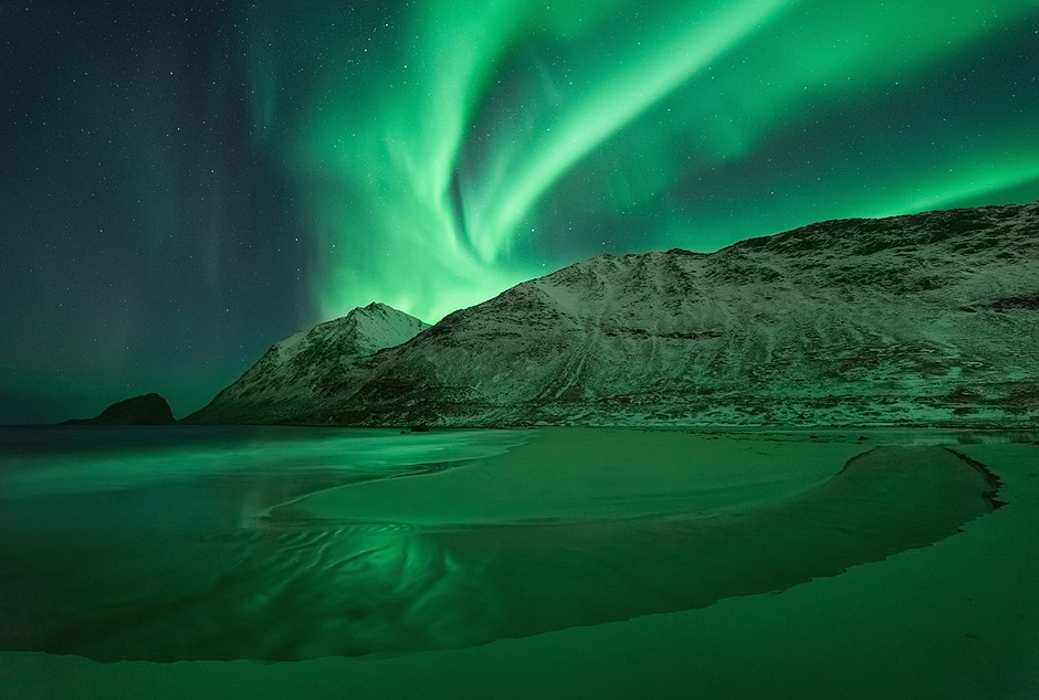 Photo story of the week: Flowing under a solar storm