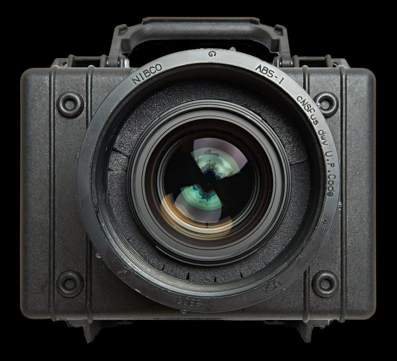 DIY 'blimp' case makes Nikon D800 silent and waterproof for $80
