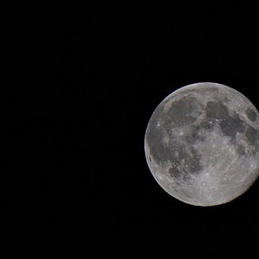 The moon with A6000 + 55-210mm