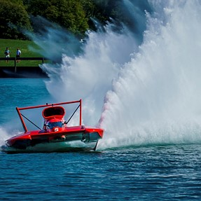 A6300 w/70-300mm, Unlimited Hydroplanes On The Detroit River