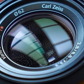 Got some junk inside my RX10 lens :(