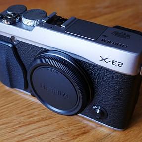 Fuji X-E2 Near Mint + / Fuji 18-55mm f2.8 - 4.0 Near Mint +