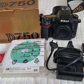 FS: Nikon D750 FX DSLR 10k Clicks, Exc+, + Goodies
