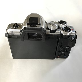 For Sale: Olympus O-MD E-M10 ii with Pano 20mm 1.7, Oly 45mm 1.8, and Oly 40-150 4-5.6
