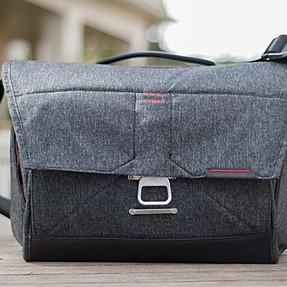 "Peak Design 15"" Messenger Bag - Like New Condition"